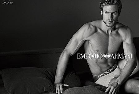 EMPORIO ARMANIの宣材写真
